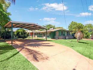 3 bed property for sale in 2 Burnet Court...