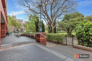 2 bed Apartment for sale in 420/9 Paxtons Walk...