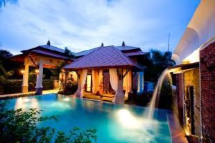 2 bedroom house in Nai Harn, Phuket...