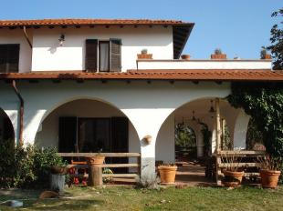 5 bedroom Detached Villa for sale in Lombardy, Pavia, Bagnaria