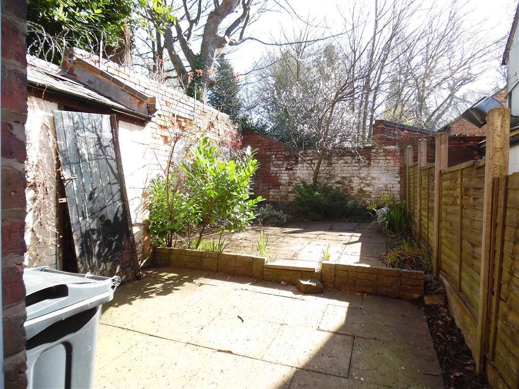 2 Bedroom House To Rent In Old Church Road Harborne Birmingham B17