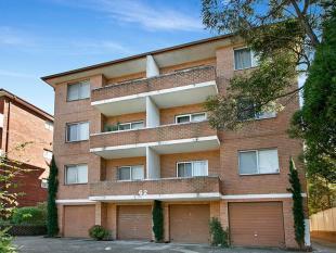 6/62 Warialda Street Flat for sale