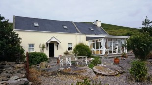 2 bed Cottage for sale in Kerry, Ballinskelligs