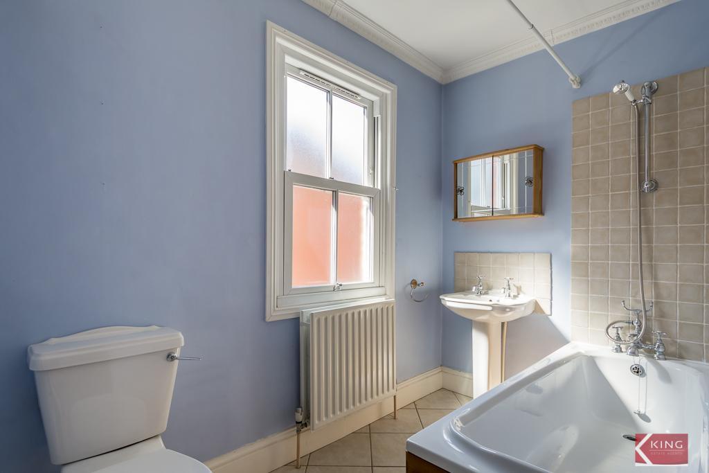 3 bedroom terraced house for sale in cambridge street