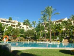 Apartment in Bahia De Marbella...