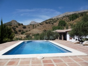 Detached Villa in Andalusia, M�laga, �lora