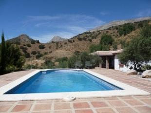 Detached Villa in Andalusia, M�laga, �lora