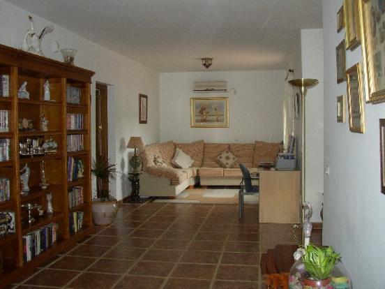 Sitting room Villa 1