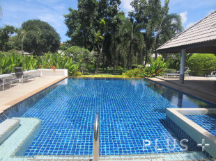 2 bed Villa for sale in Phuket, Rawai