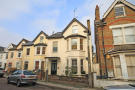 1 bed house in Larkfield Road, Richmond...