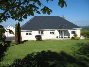 4 bedroom Detached Bungalow in Tipperary, Nenagh