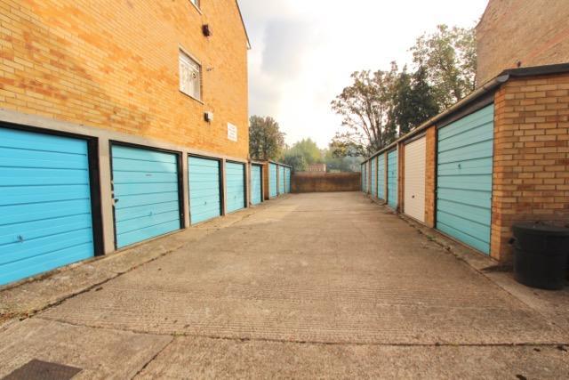 En-Block Garage