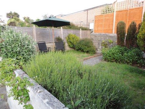 Rear Garden Photo Tw