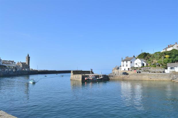 Harbourside nearby.JPG