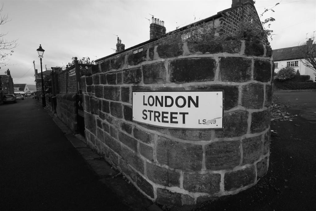 Bedroom Property For Sale In Little London Rawdon