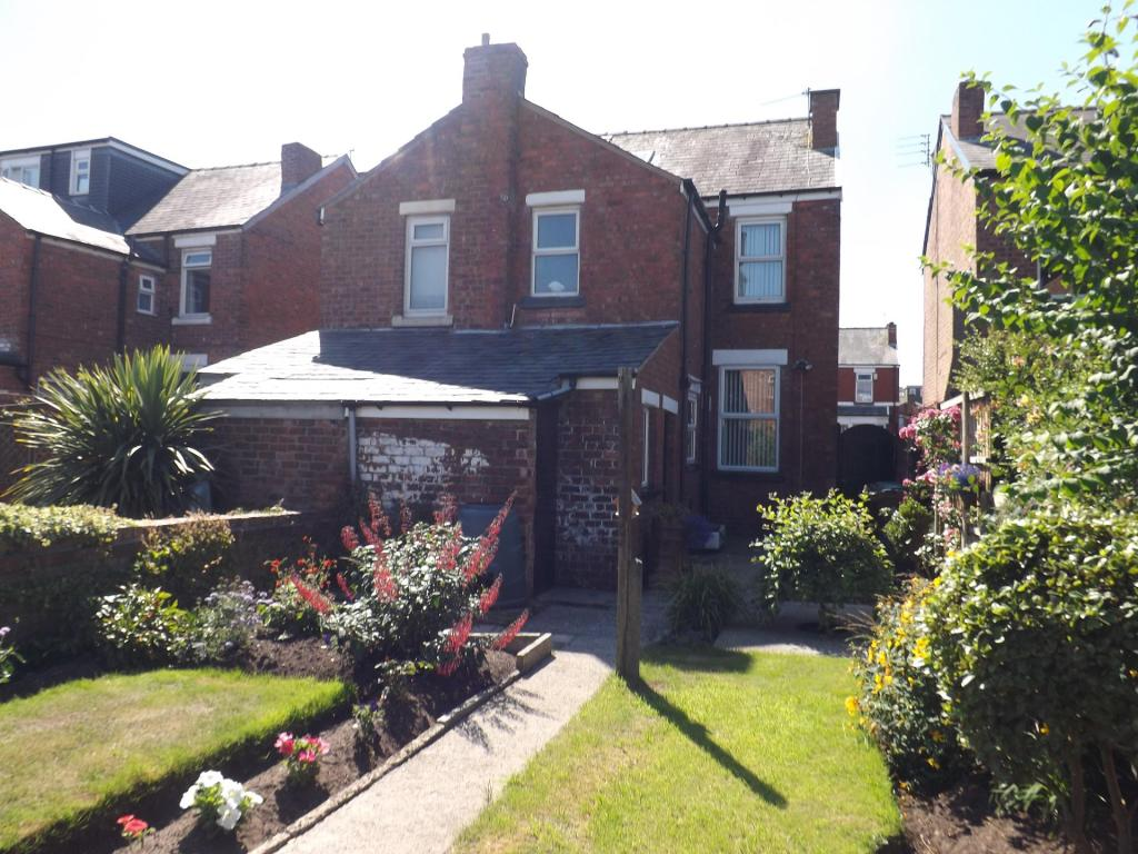 Garden facing rear of property