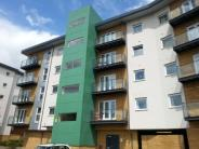 2 bedroom Apartment in Parkhouse Court...