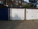 property to rent in Junction Road Garage