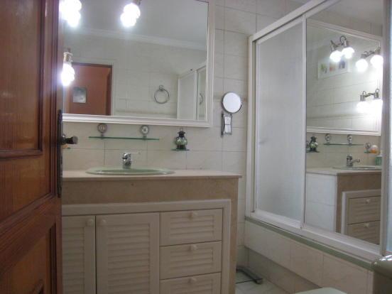 one o 6 bathrooms