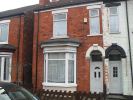 5 bed semi detached property to rent in Washington Street, Hull...
