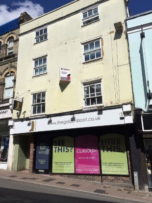 Shop to rent in Gabriels Hill, Maidstone...