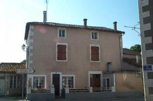 property for sale in Champagne-Mouton, Poitou-Charentes, 16, France