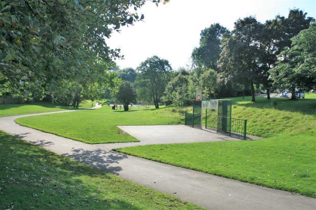 Park Opposite