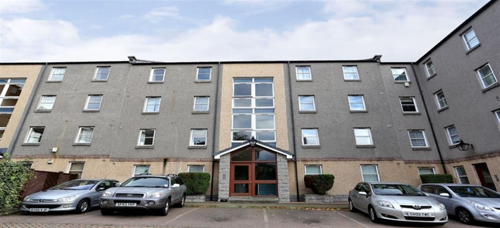 2 Bedroom Flat To Rent In King Street Aberdeen Ab24