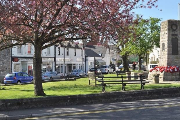 WHY LIVE IN DINAS POWYS?