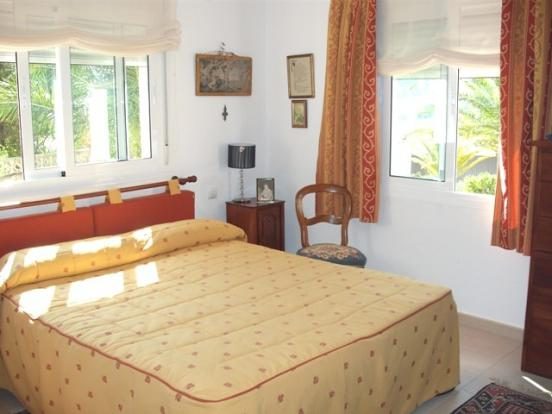 anoher bedroom with en-suite