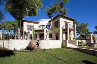 6 bedroom Detached Villa for sale in Limassol, Souni