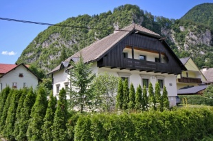 Block of Apartments in Jesenice, Mojstrana for sale