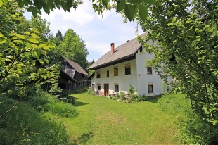 4 bed property for sale in Radovljica, Bled