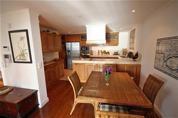 Dining area&kitchen