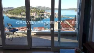 Apartment for sale in Rogoznica, Sibenik-Knin