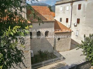 Stone House for sale in Kastela, Split-Dalmatia