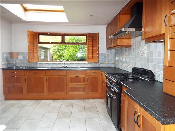 Kitchen / Diner View