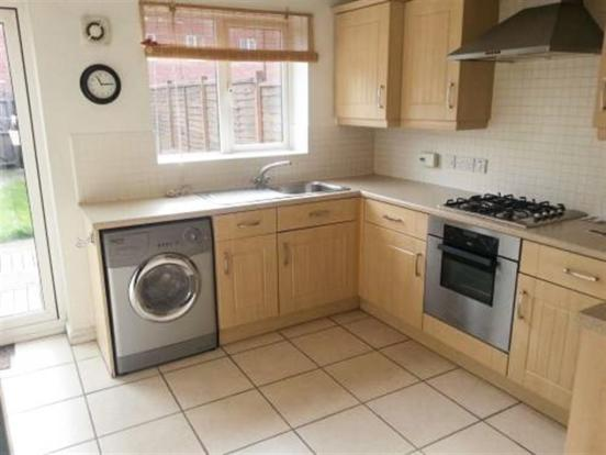 3 bedroom town house for sale in raleigh close trent vale stoke on trent st4 6ju st4 Bathroom design and installation stoke on trent