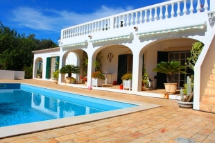 Character Property for sale in Algarve, Moncarapacho