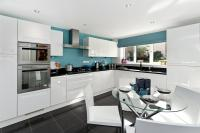 4 bed new property in Blenheim Gardens, Havant...