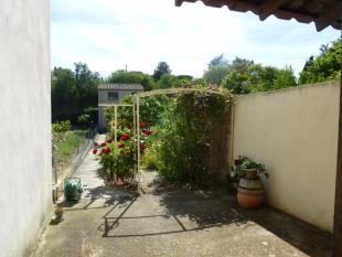 3 bedroom Village House in Languedoc-Roussillon...