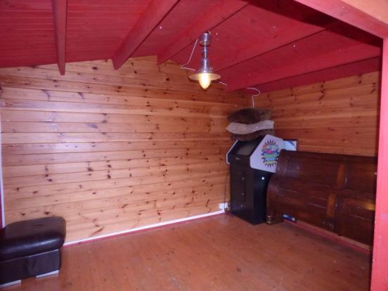 Summer House Internal