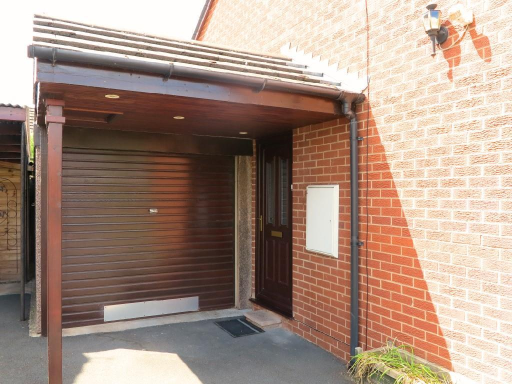 2 bedroom semi detached bungalow for sale in dog kennel for Garage with accommodation
