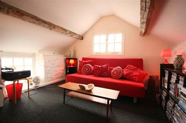 Annex Bedroom..jpg