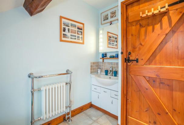 Bathroom Angle 3.jpg