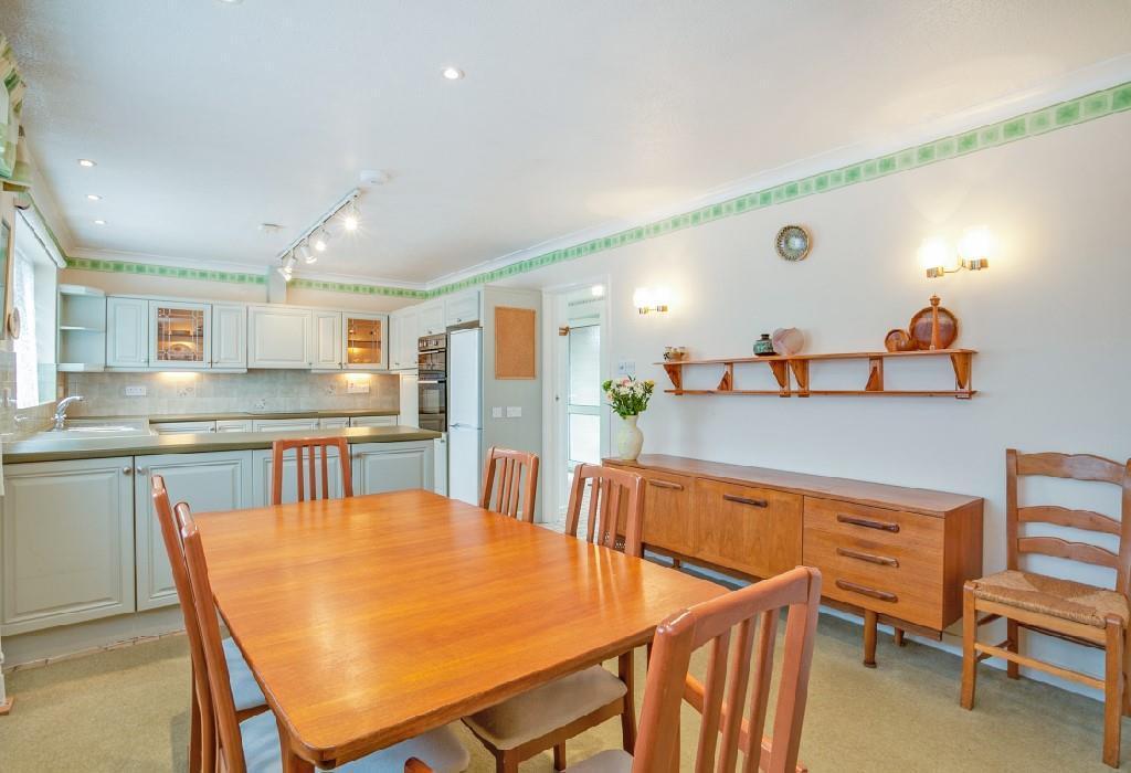 Kitchen Diner 2.jpg
