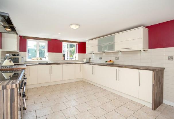 Kitchen 9.jpg