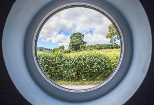 Landing Window View.