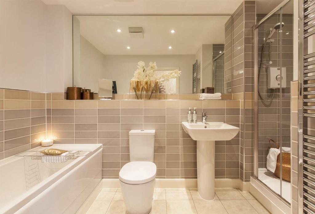 Hartley House bathroom