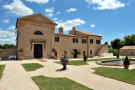 8 bed Country House for sale in Le Marche, Macerata...